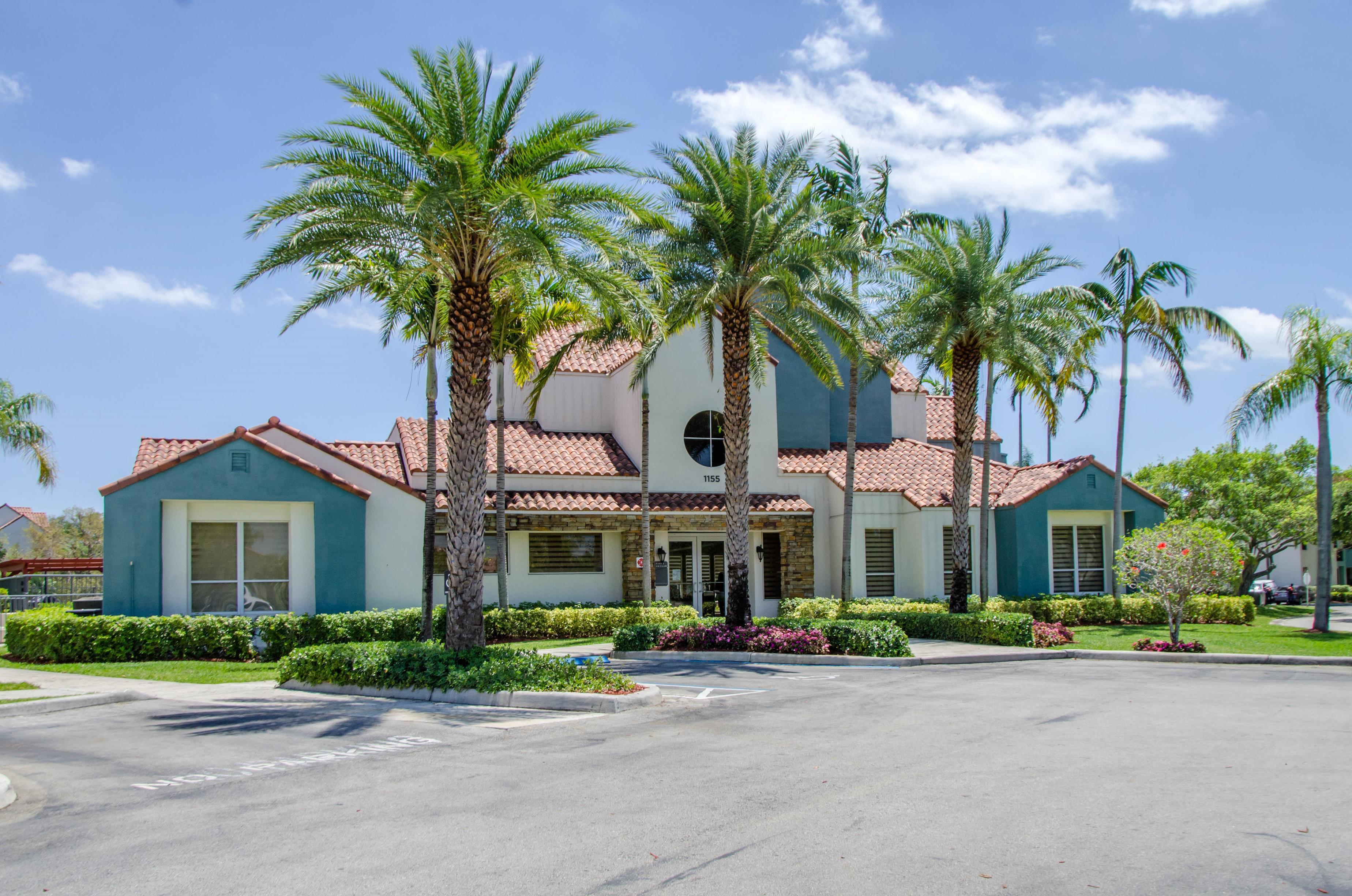 Sheridan Ocean Club Apartments