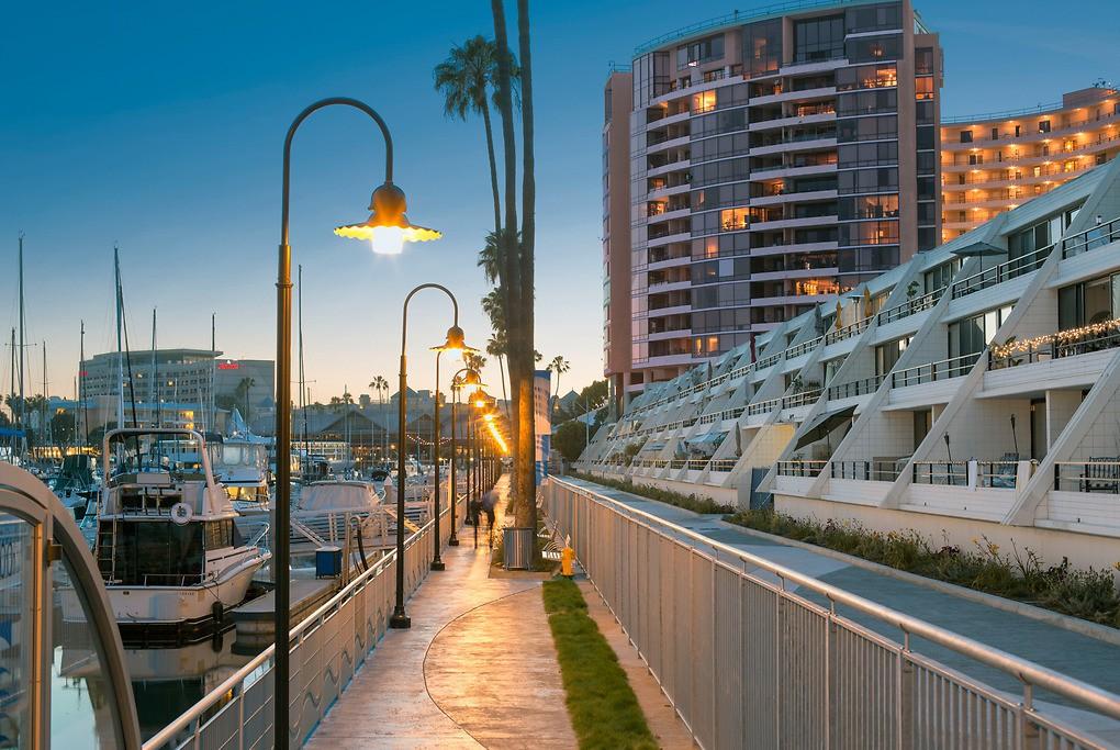 The Promenade Marina City Club