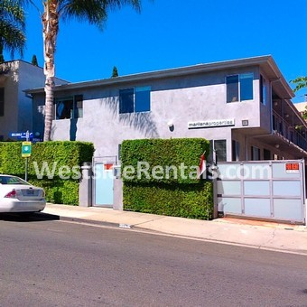 866 Hilldale Ave 4 West Hollywood Ca 90069 2 Bedroom Apartment For Rent For 3 595 Month Zumper