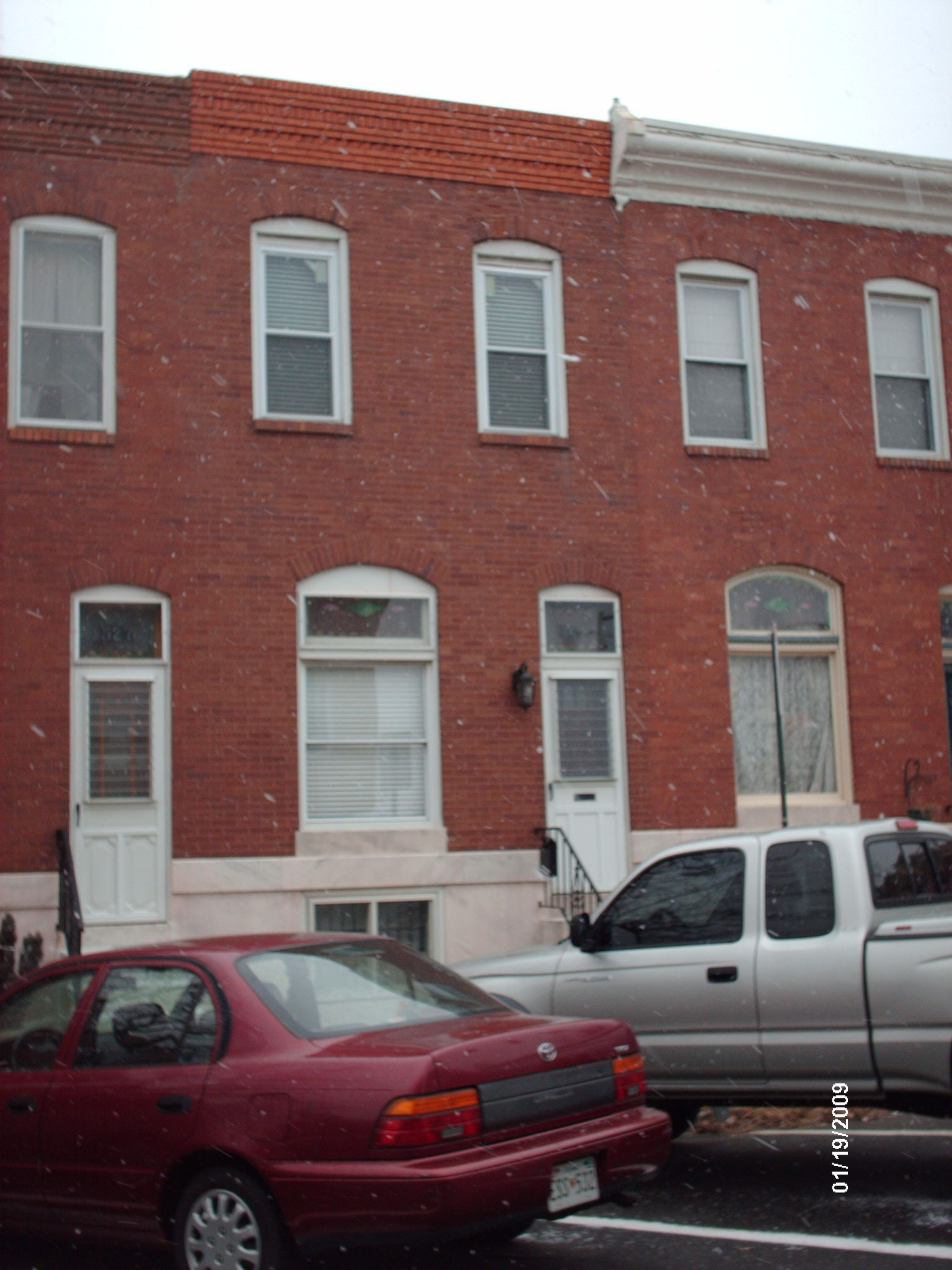 529 S Kenwood Ave Baltimore Md 21224 2 Bedroom Apartment For Rent For 1 500 Month Zumper