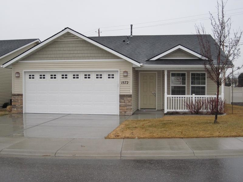 1568 e locust view ln meridian id 83642 3 bedroom apartment for rent for 1 195 month zumper for 1 bedroom apartments in meridian idaho