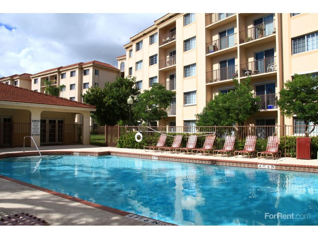 Laguna Pointe Apartments Pompano Beach Fl