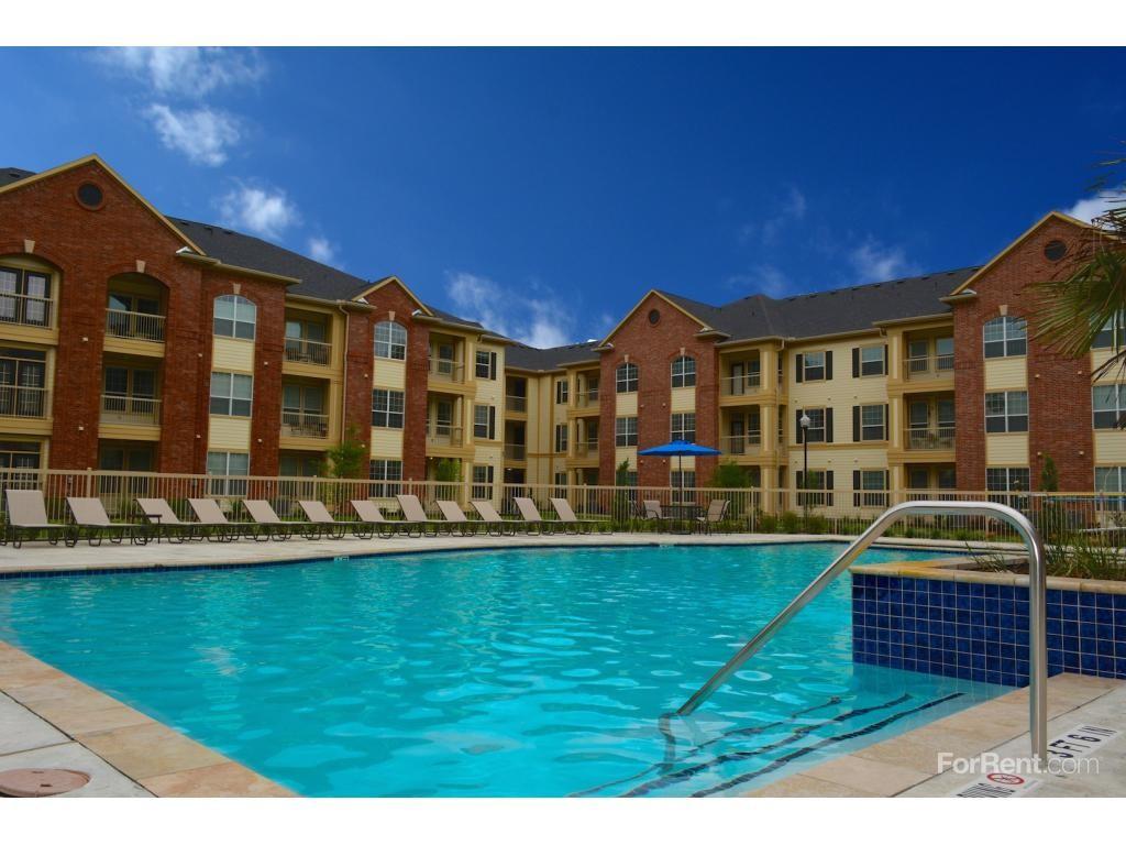 Spring Trace Senior Apartment