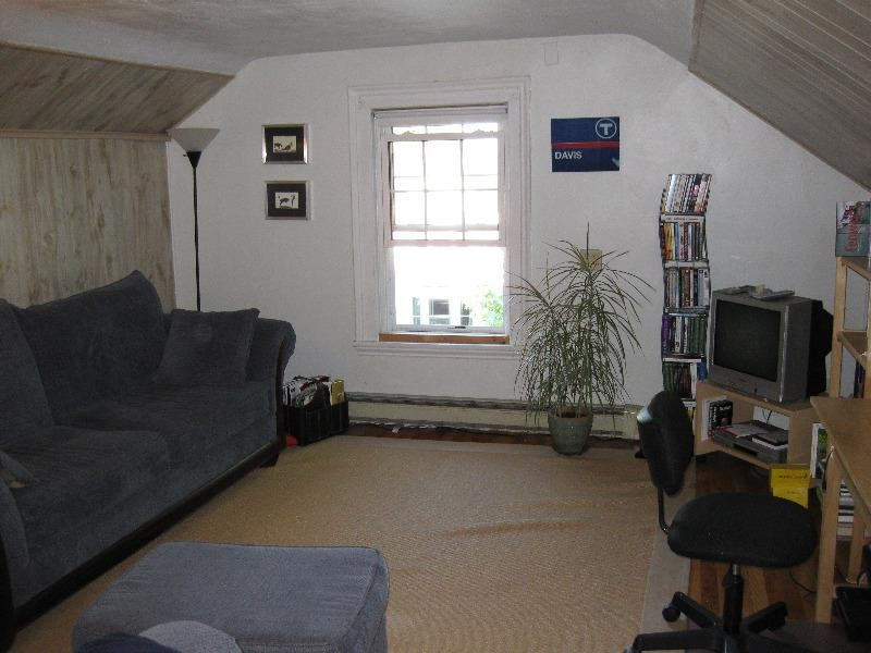 Warren st 3 medford ma 02155 1 bedroom apartment for for 1 arizona terrace arlington ma