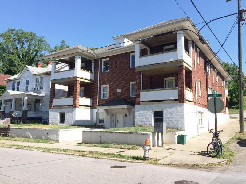 301 Gilmer Ave Nw Roanoke Va 24016 2 Bedroom Apartment
