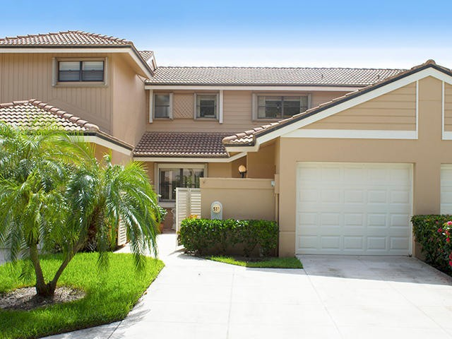 537 Prestwick Cir Palm Beach Gardens Fl 33418 2 Bedroom House For Rent For 2 500 Month Zumper
