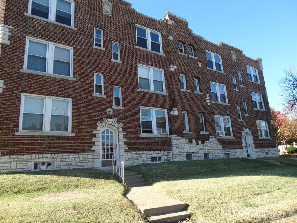 5301 bancroft ave st louis mo 63109 2 bedroom apartment for rent padmapper