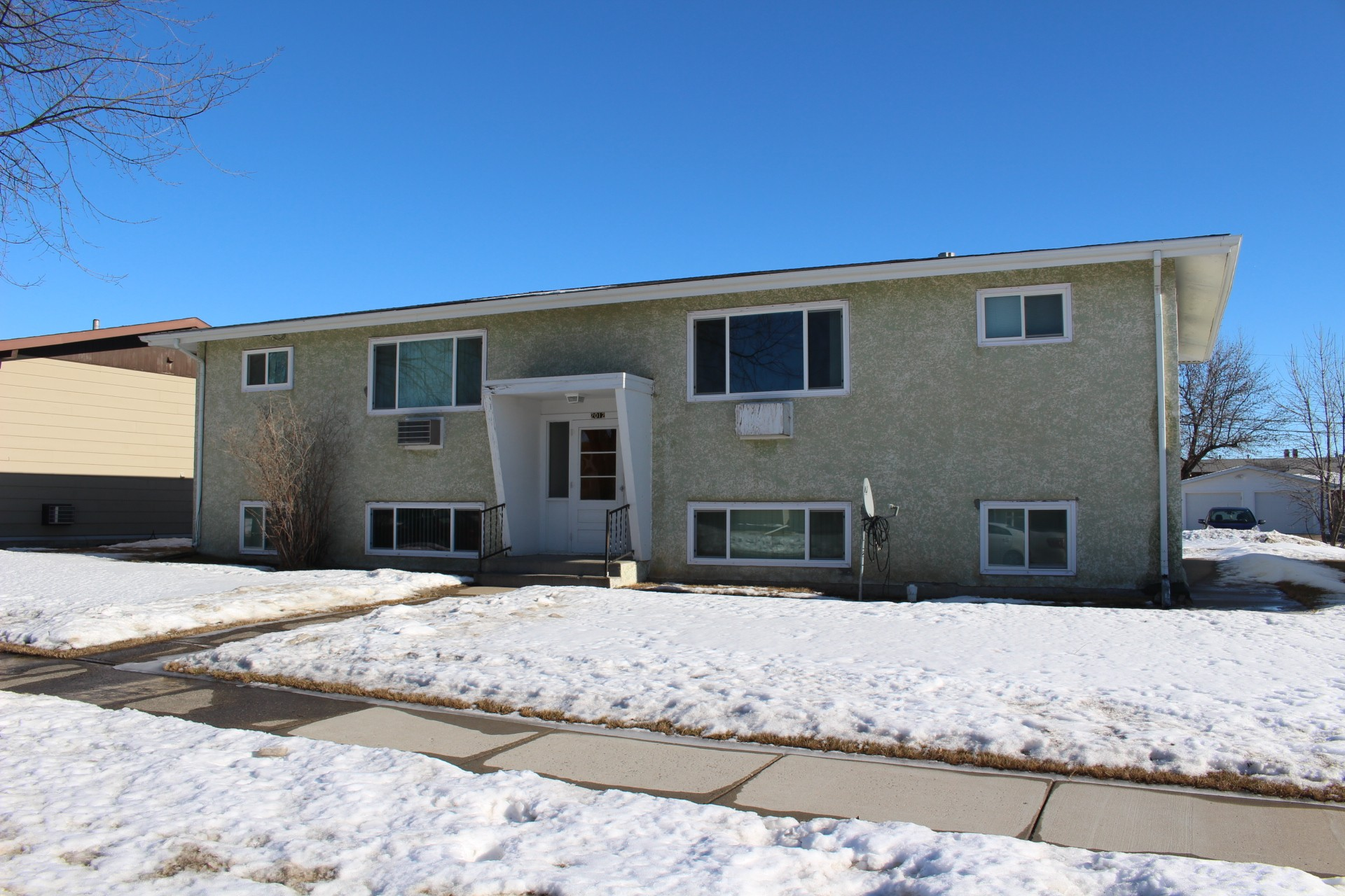 2012 5th st nw apartments for rent in minot nd 58703 zumper for Apartment complex for rent