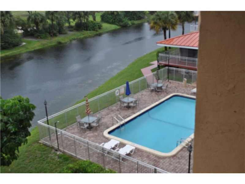 Pine Island Rd Broward Blvd Plantation Fl 33324 3 Bedroom Condo For Rent For 1 485 Month