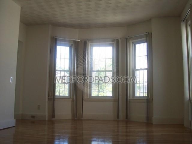 summer st medford ma 02155 5 bedroom apartment for rent