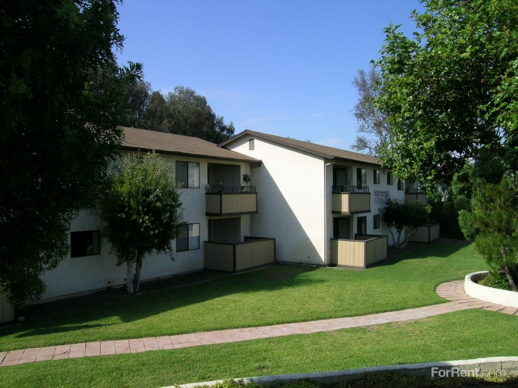 Hillside Apartments 3625 Federal Blvd San Diego Ca 92102 With 1 Floorplan Zumper