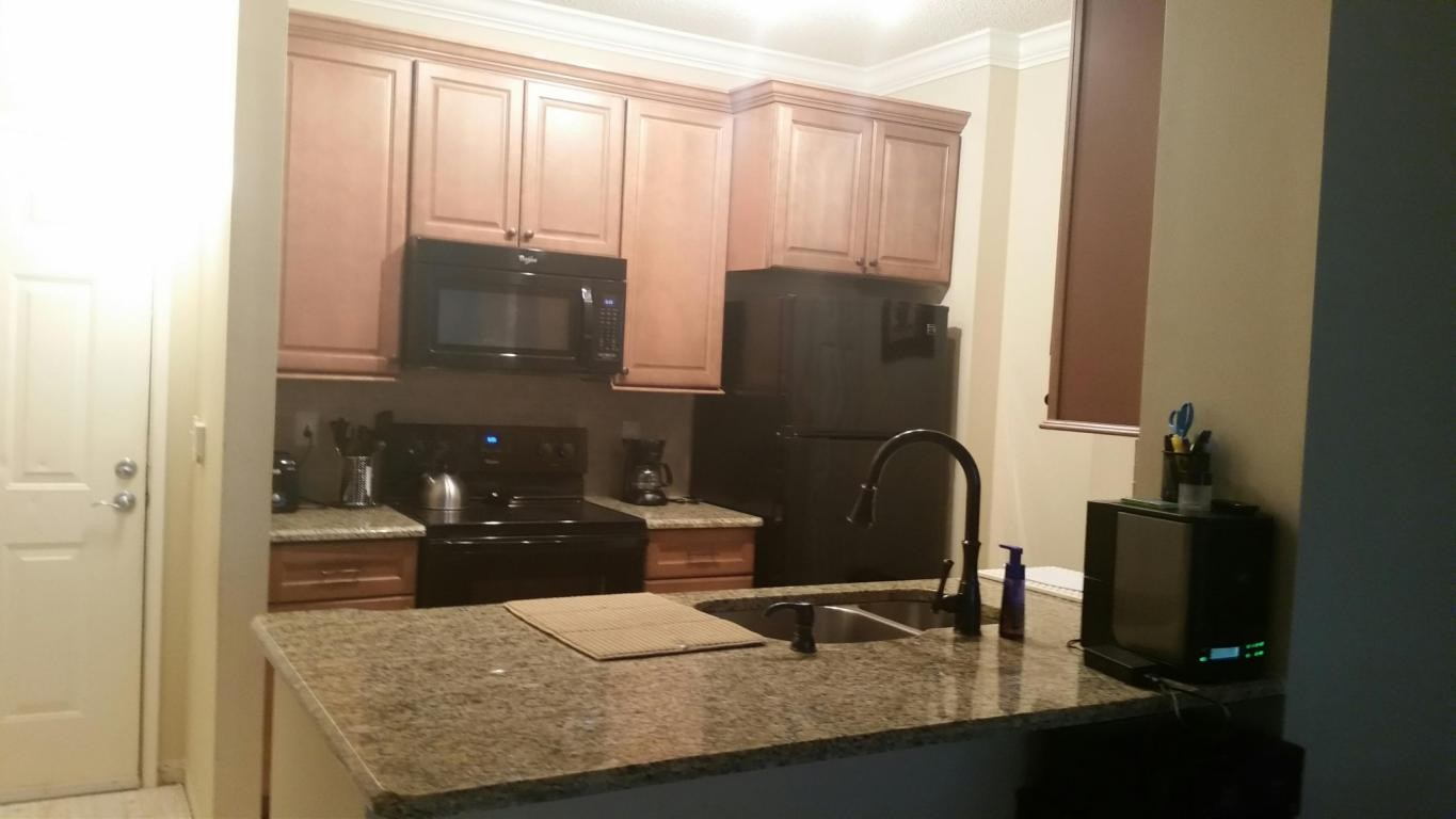 713 Penn St 3 West Palm Beach Fl 33401 1 Bedroom Apartment For Rent Padmapper