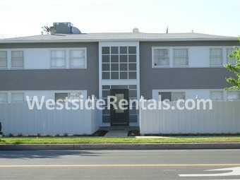 13744 Burbank Blvd B Los Angeles Ca 91401 2 Bedroom Apartment For Rent For 2 100 Month Zumper
