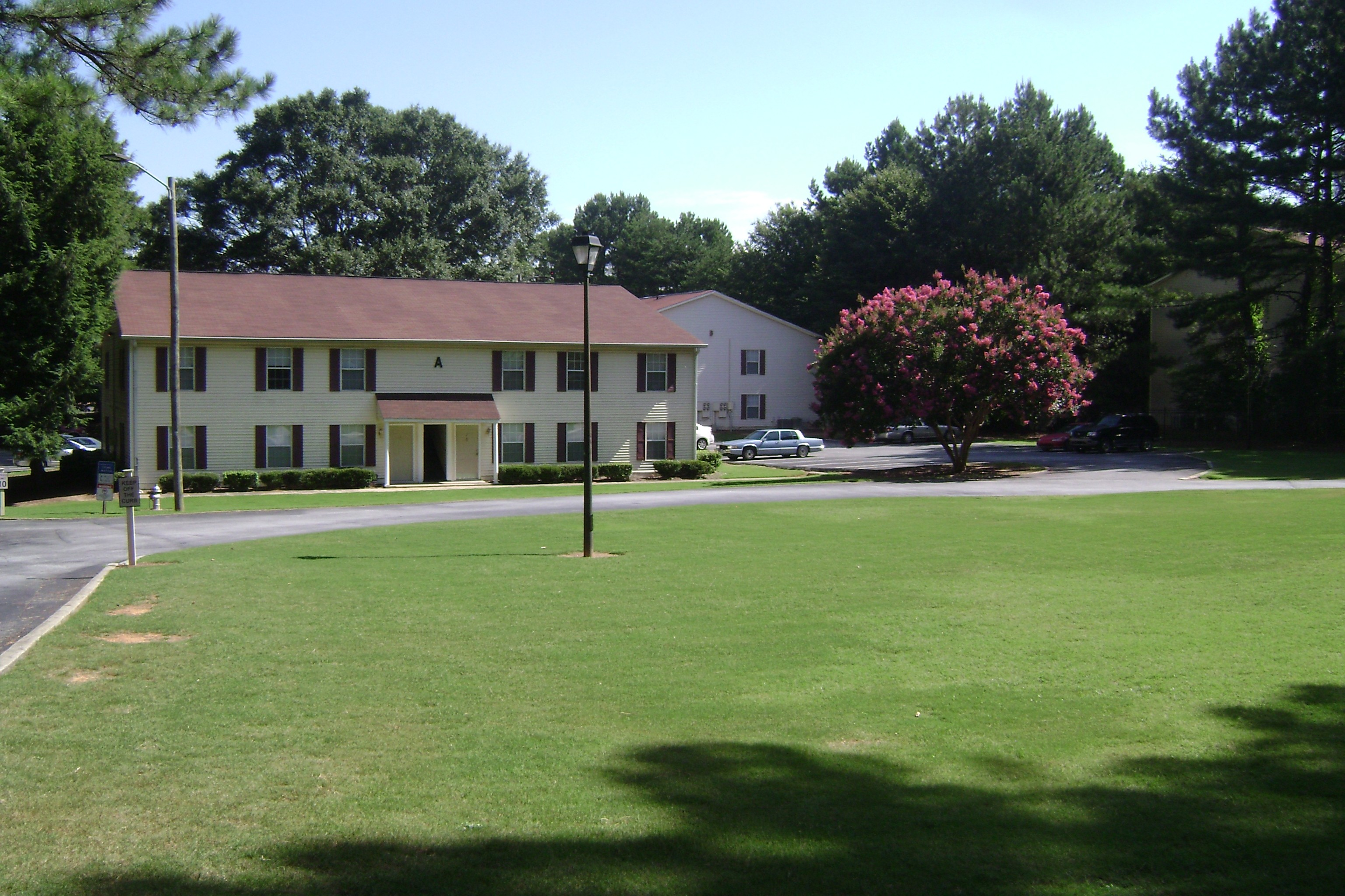 Country Squire Apartments For Rent   4375 Cascade Rd, Atlanta, GA 30331    Zumper
