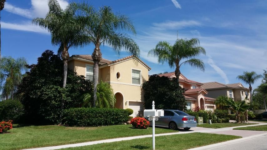 4847 Victoria Cir West Palm Beach Fl 33409 3 Bedroom Apartment For Rent For 2 200 Month Zumper