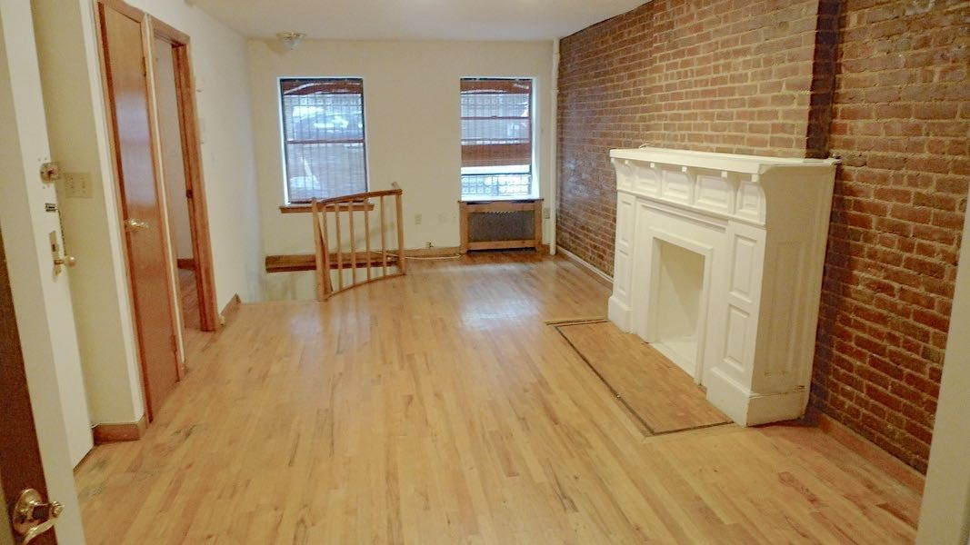130 West 74th Street A New York Ny 10023 2 Bedroom Apartment For Rent For 3 025 Month Zumper