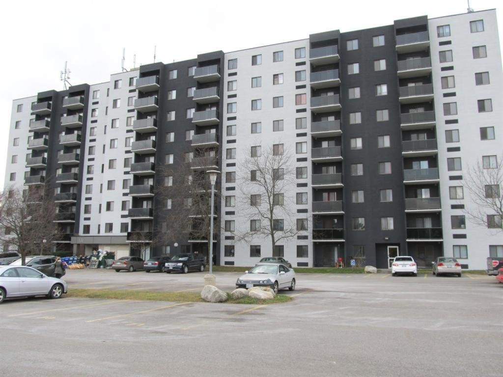 Condos Country Hills Kitchener