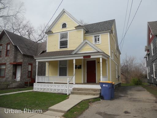309 Eastern Ave Se Grand Rapids Mi 49503 3 Bedroom Apartment For Rent For 1 100 Month Zumper