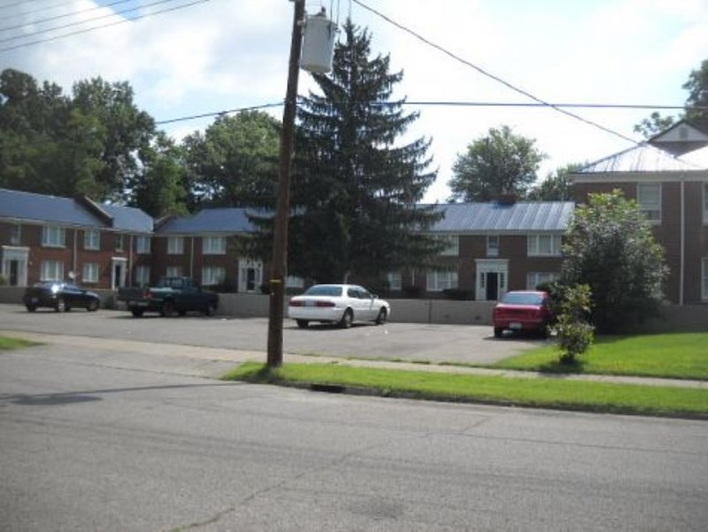 607 S 44th St Louisville Ky 40211 2 Bedroom Apartment