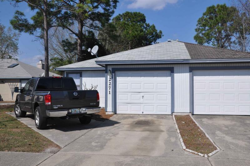 2271 Ironstone Dr E Jacksonville Fl 32246 3 Bedroom Apartment For Rent For 1 050 Month Zumper
