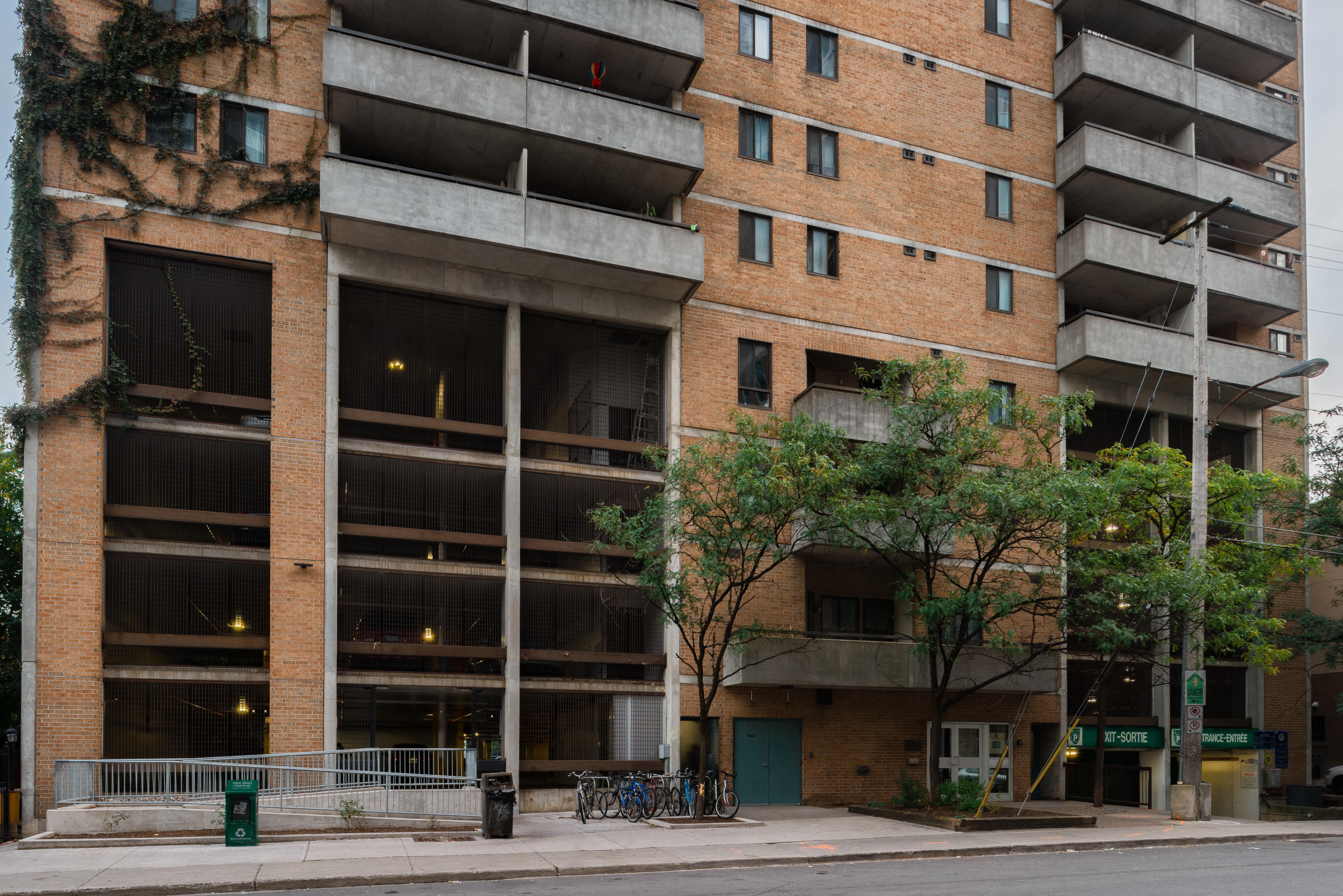 210 Gloucester St Ottawa On K2p 2k4 2 Bedroom Apartment For Rent For 1 070 Month Zumper