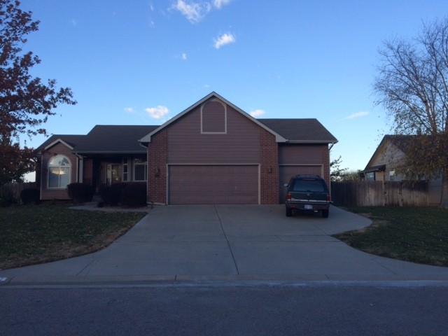 511 North Ridgehurst Street Wichita Ks 67230 4 Bedroom